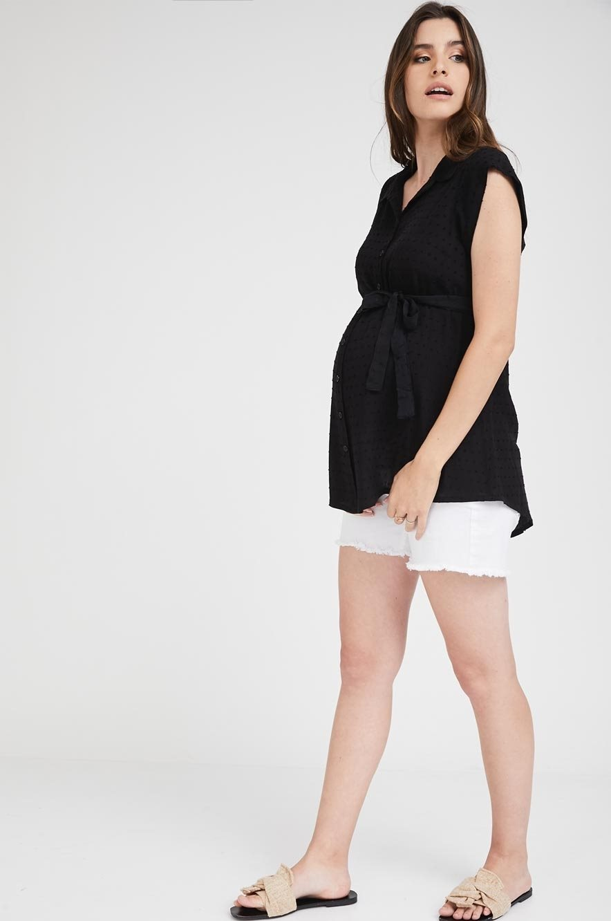 Picture of Sleeveless Button Top Black