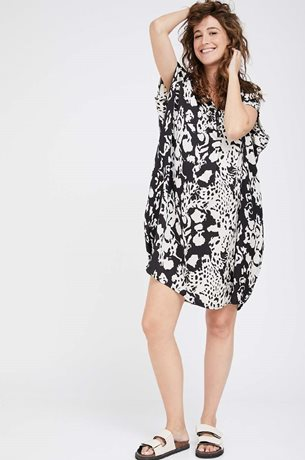 Picture of Sapir Dress Black and White
